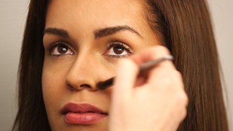 Comment embellir votre nez sans chirurgie ?
